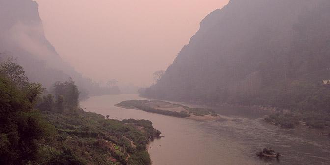 zonsopkomst bergern laos